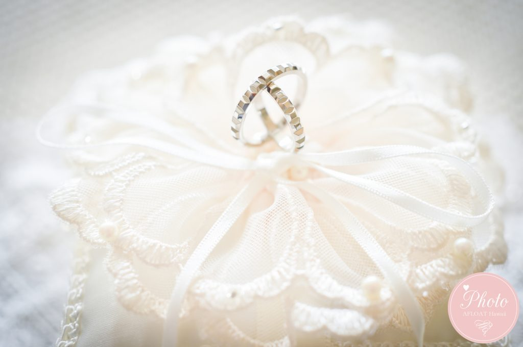 「ブライズメイド」とは? お揃いのドレスで結婚式の格式UP ?!