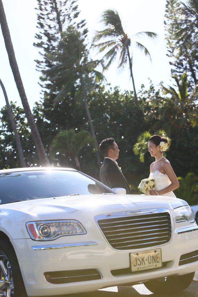 001 ウェディングリムジン Photo by TAKA (AFLOAT Hawaii)