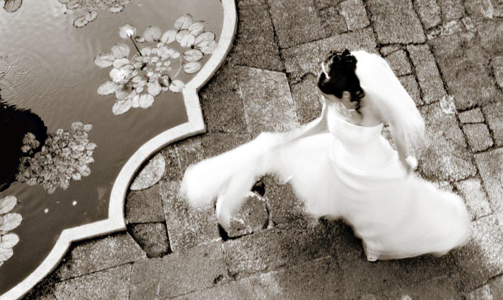 ハワイフォトツアー カメラマンGeorge Wang ウェディングドレス