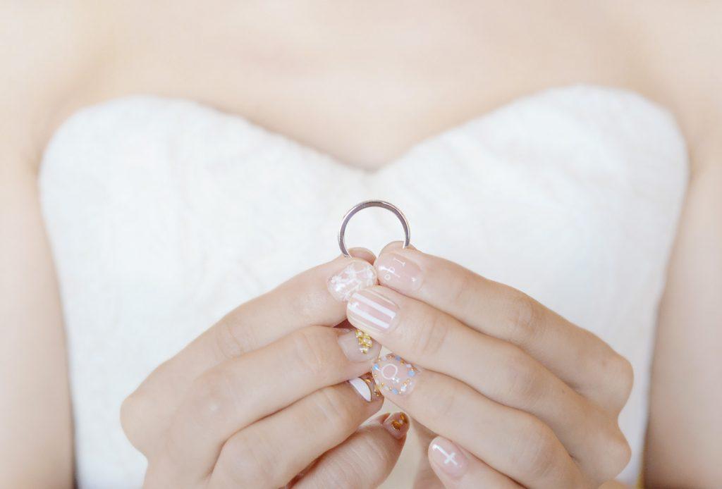 ウェディング 結婚指輪 Photo by Goerge (AFLOAT Hawaii)