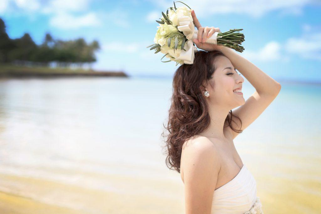 ハワイウェディング 花嫁 ヘアメイク