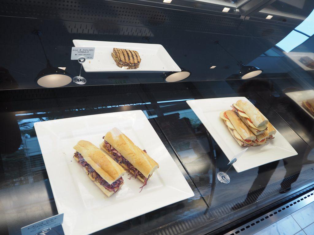 DEAN & DELCA ハワイランチ サンドイッチ