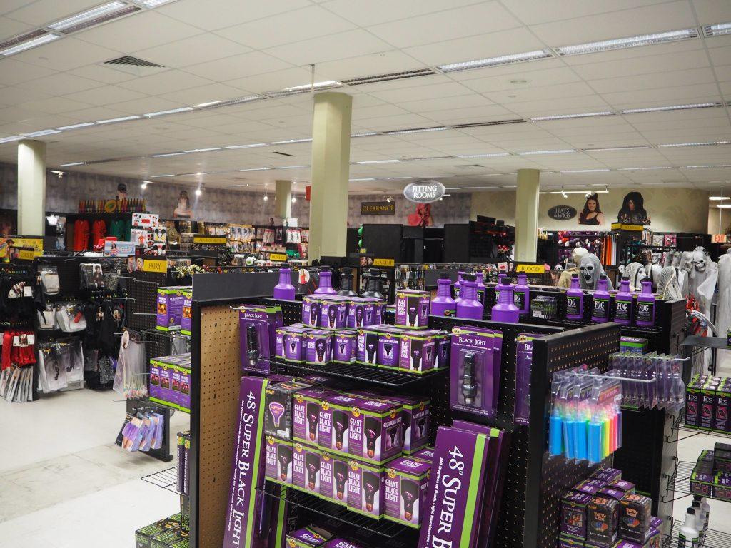 ハワイ アラモアナショッピングセンター ハロウィンパーティーグッツコーナー