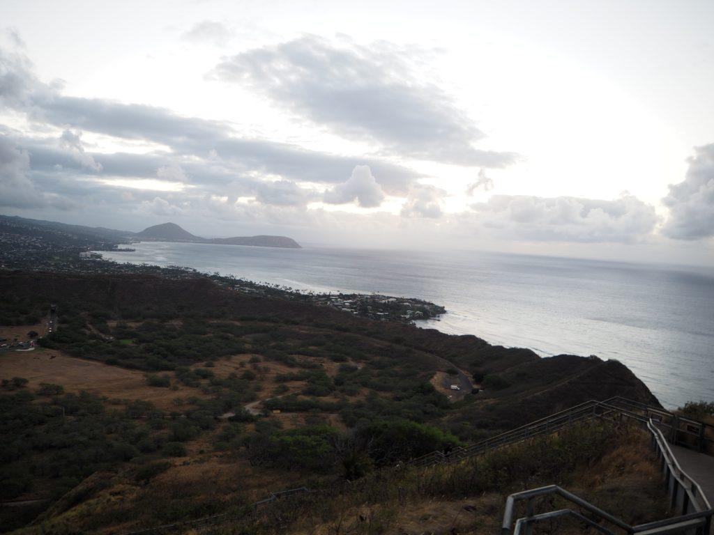 日の出 絶景 ハワイ旅行