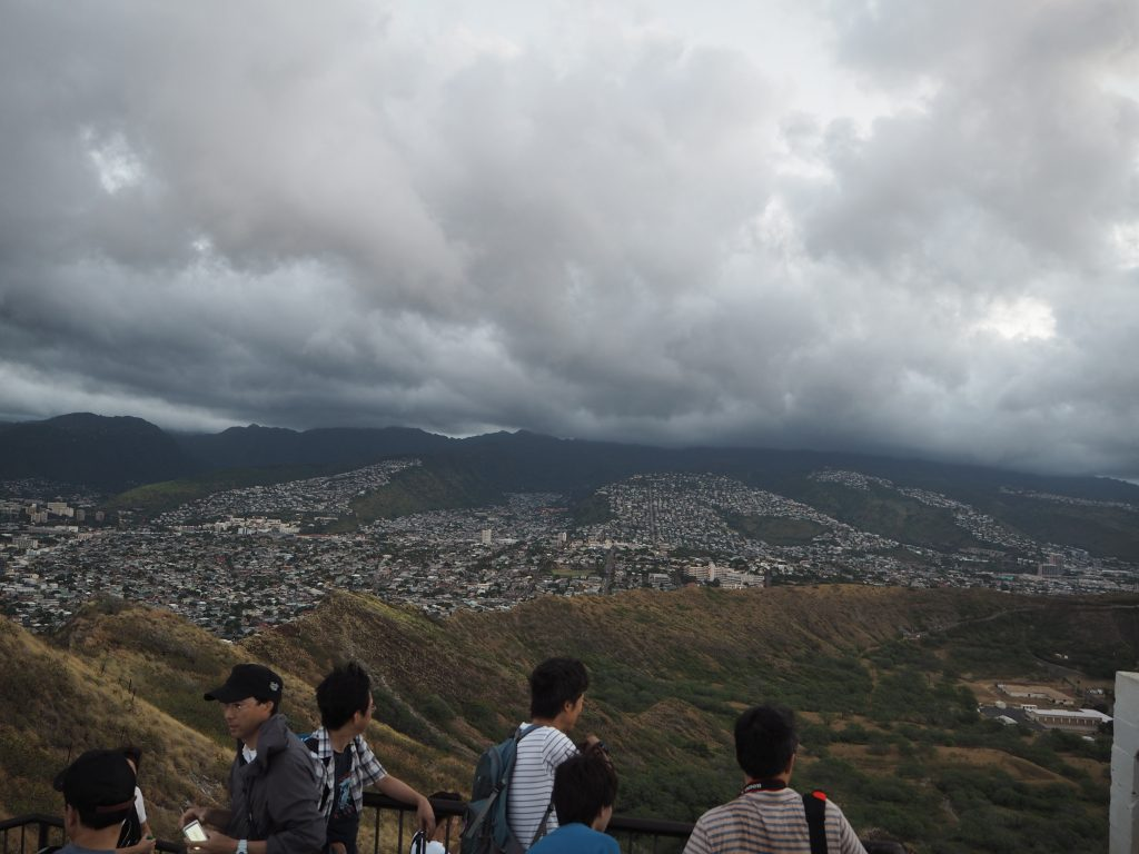 ハワイ 登山 頂上 初心者