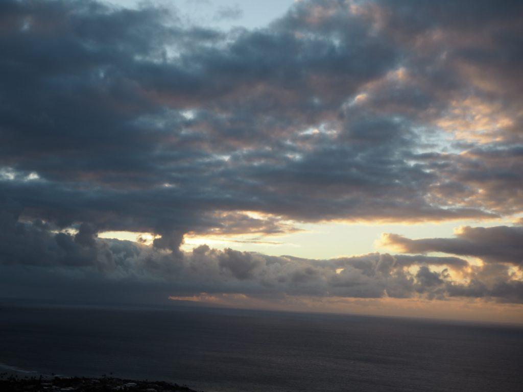 日の出3 ハワイ ダイアモンドヘッド 頂上