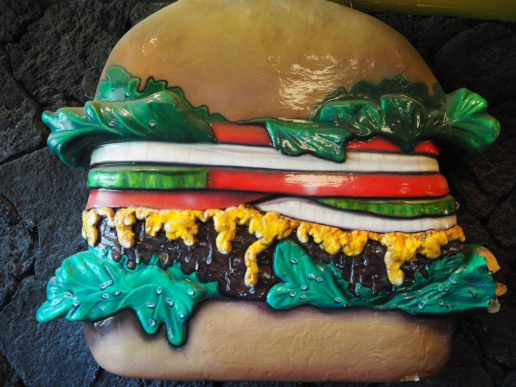 ハワイ Teddy's Bigger Burgers ハンバーガー 人気