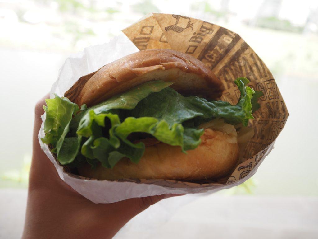 ハワイ Teddy's Bigger Burgers ジューシー 絶品グルメ