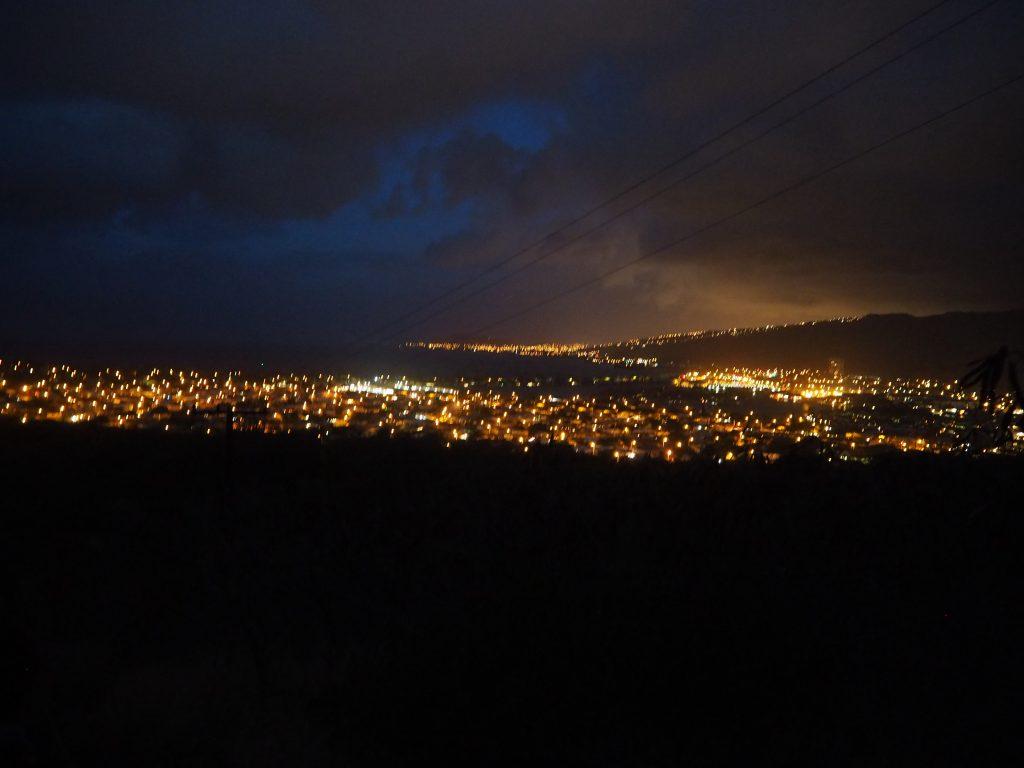 ハワイ 夜景 絶景