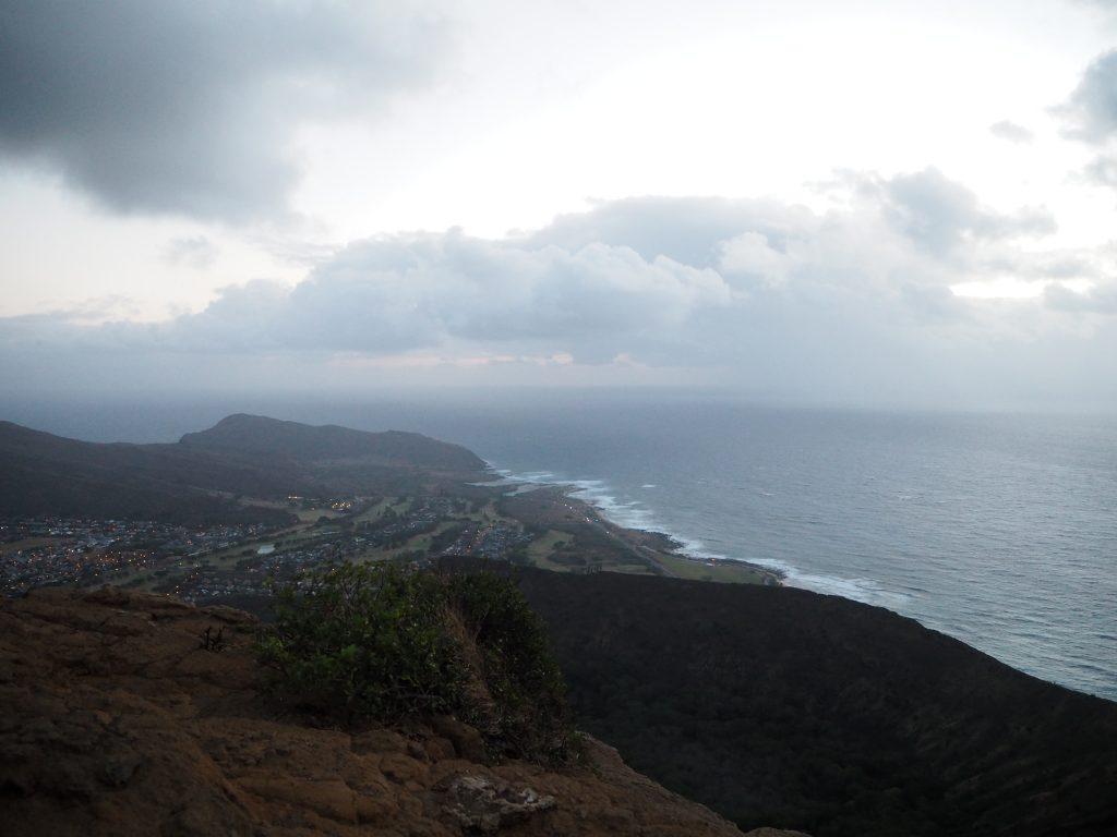 ハワイ トレイル 登山