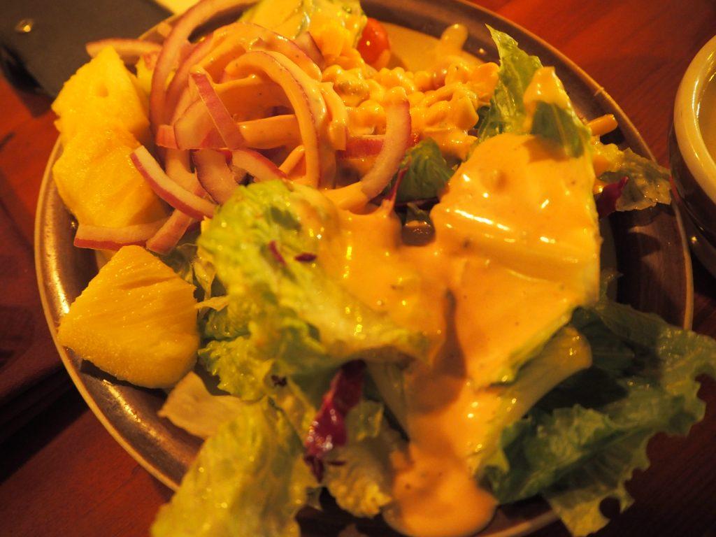 ハワイ旅行 夕飯 美味しい リーズナブル