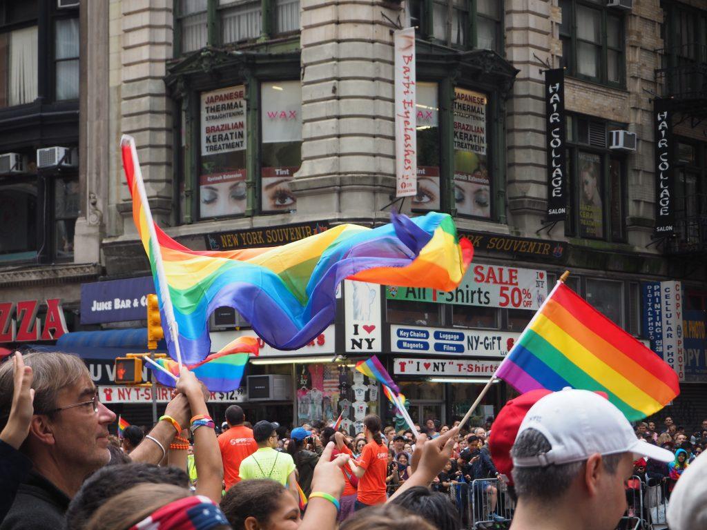 ハワイ 同性婚 AFLOAT 挙式