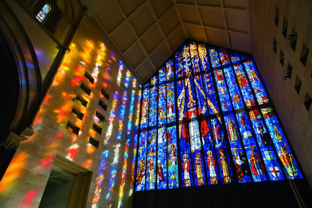 ハワイ ステンドグラス 教会