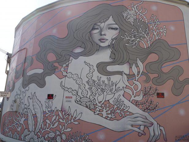 ハワイ カカアコウォールアート 可愛いピンク系
