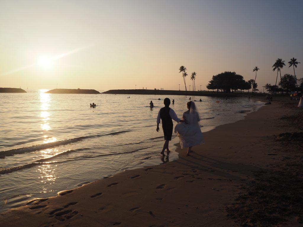 ハワイウェディング フォトツアー ビーチ撮影