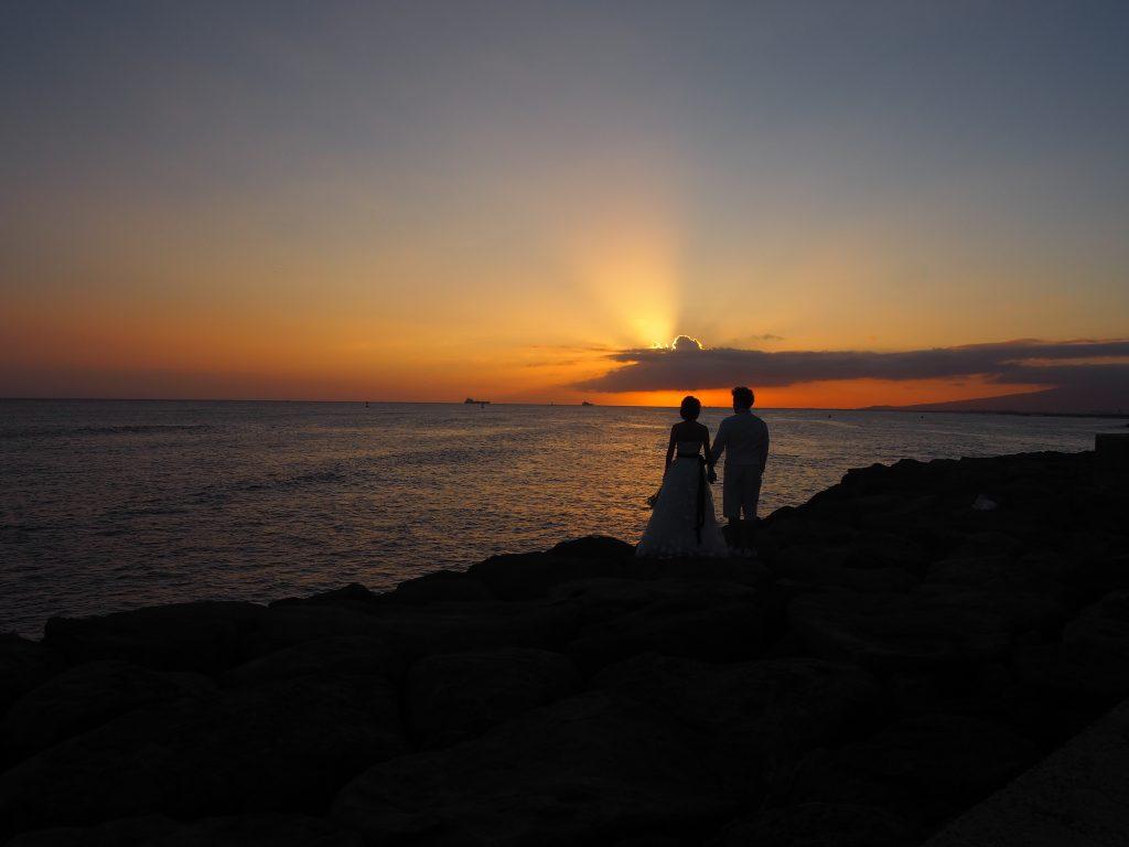 ハワイ サンセット撮影 カカアコ ロマンチック