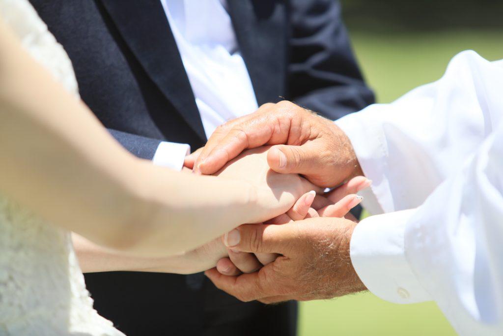 ハワイ フォトウェディング 撮影 婚約指輪