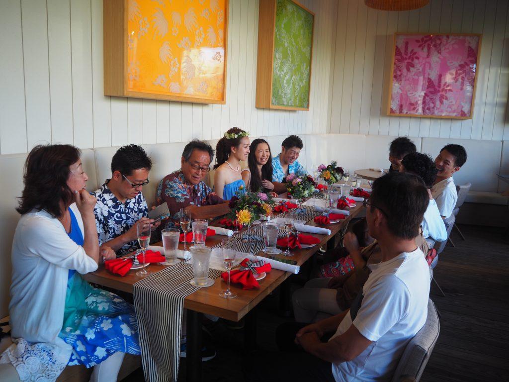 ハワイ レストラン 人気