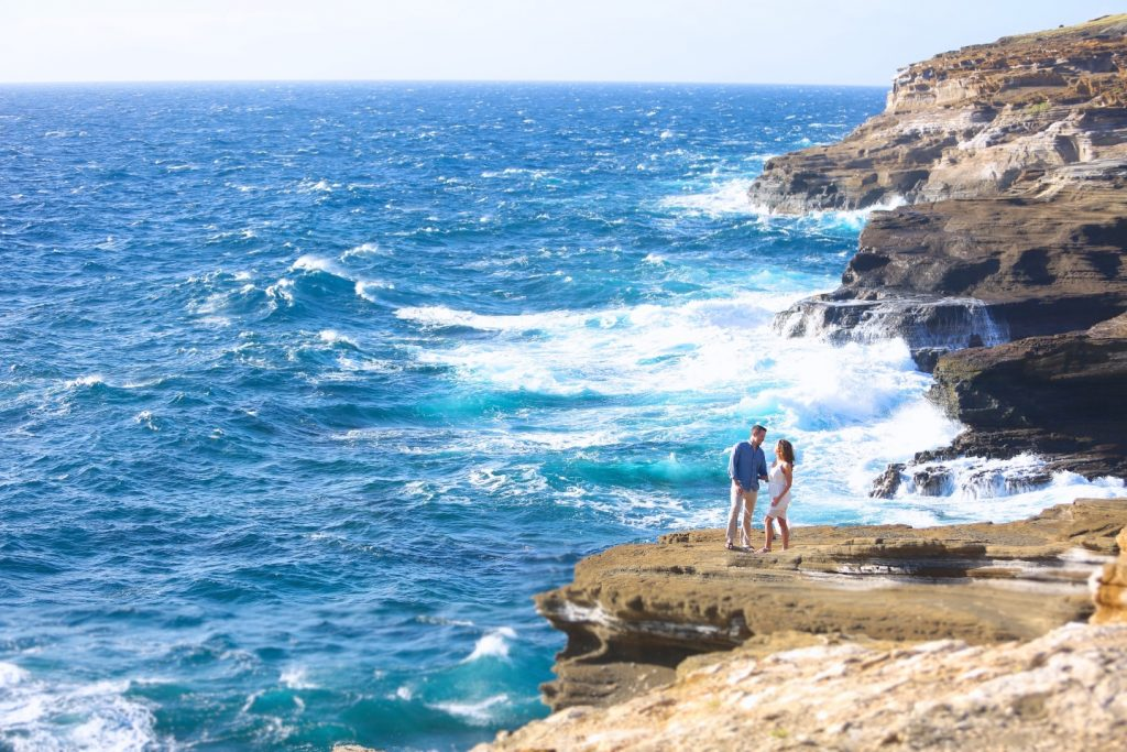 ロマンチック 撮影 ハワイ 崖