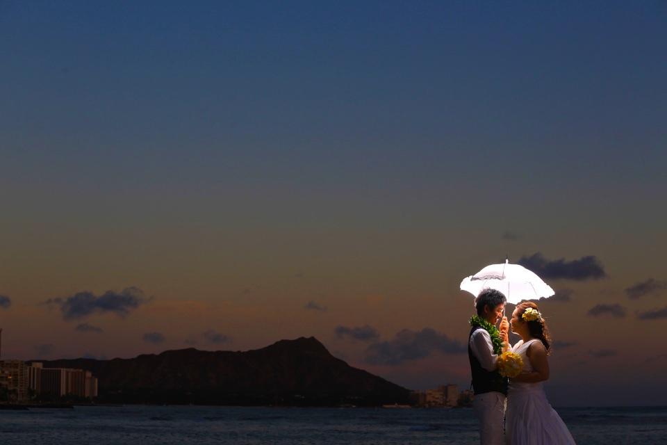 傘 ハワイウェディング フォトツアー