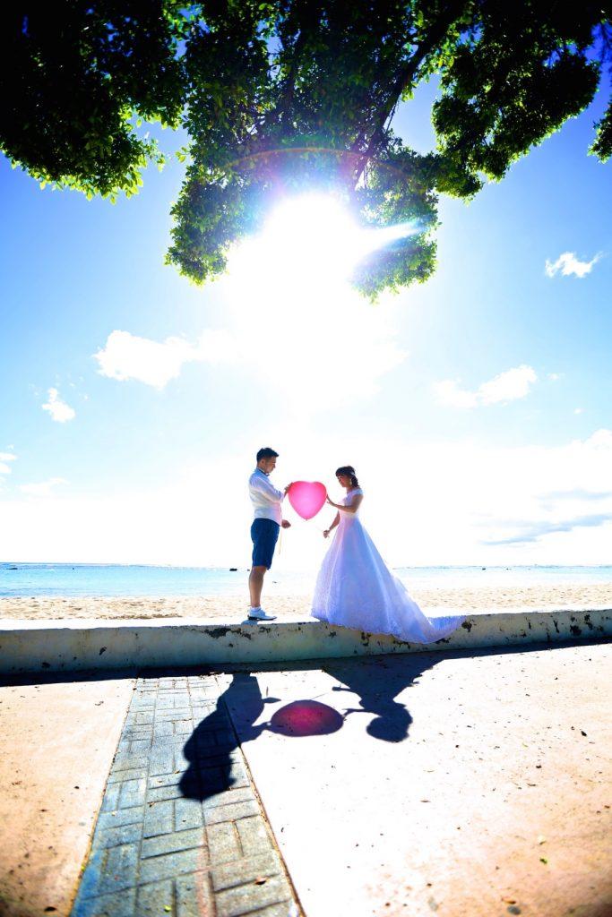 ビーチ撮影 ハワイフォトウェディング 可愛い