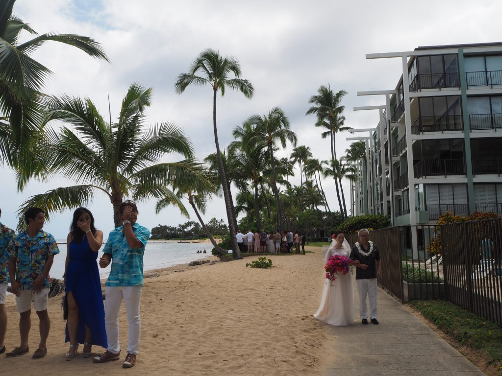 ハワイ ビーチウェディング ハワイ挙式