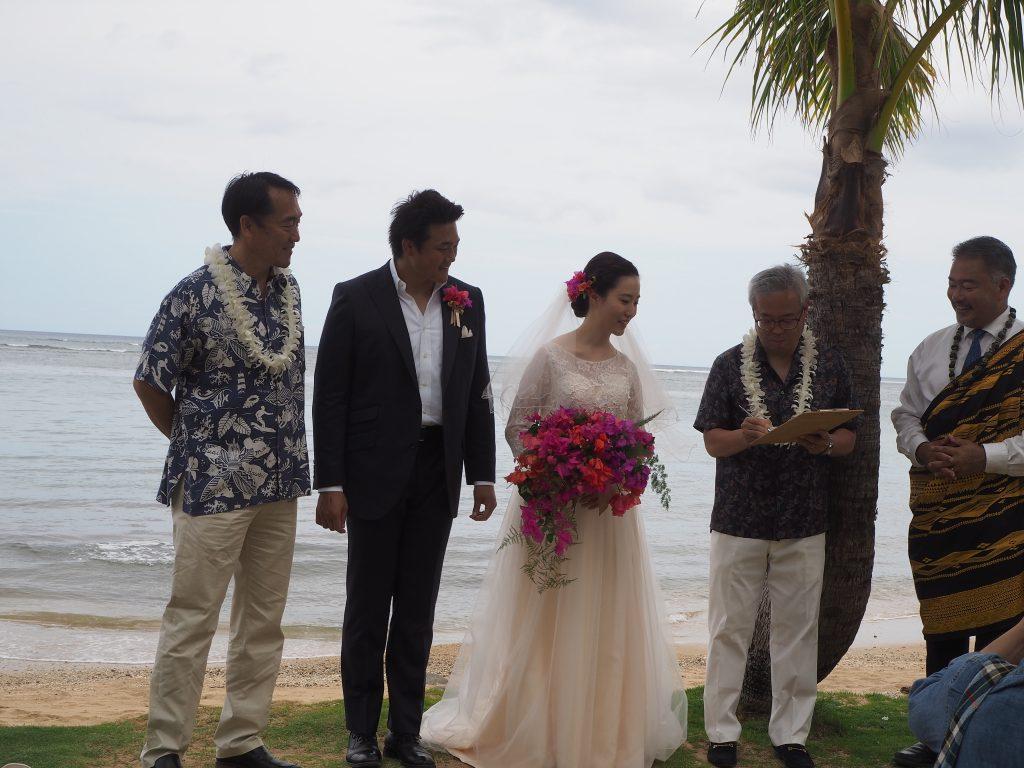 ハワイビーチウェディング おすすめ 海外風