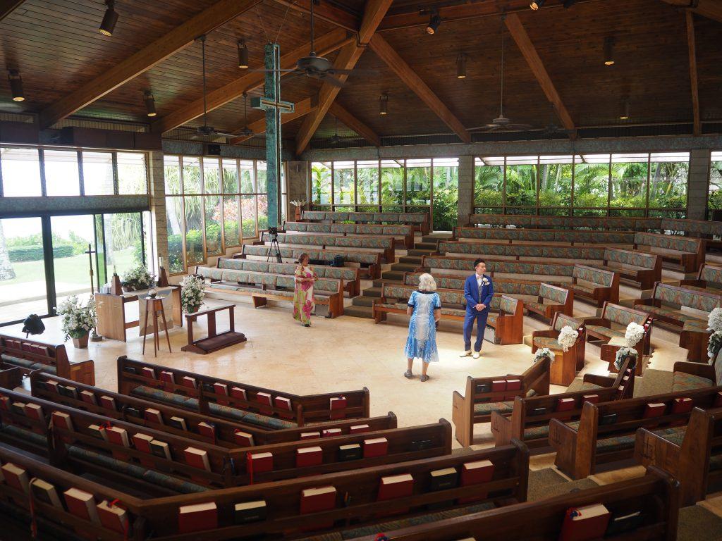 ハワイ キャルバリーバイザシー教会 雰囲気