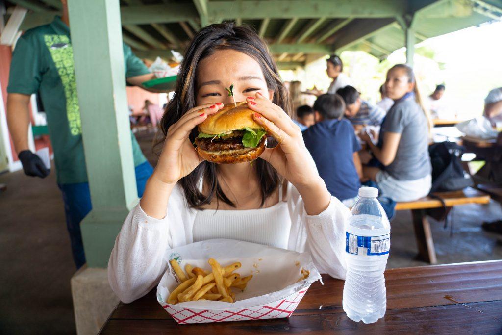 ハワイ クアロアランチ ハンバーガー 絶品