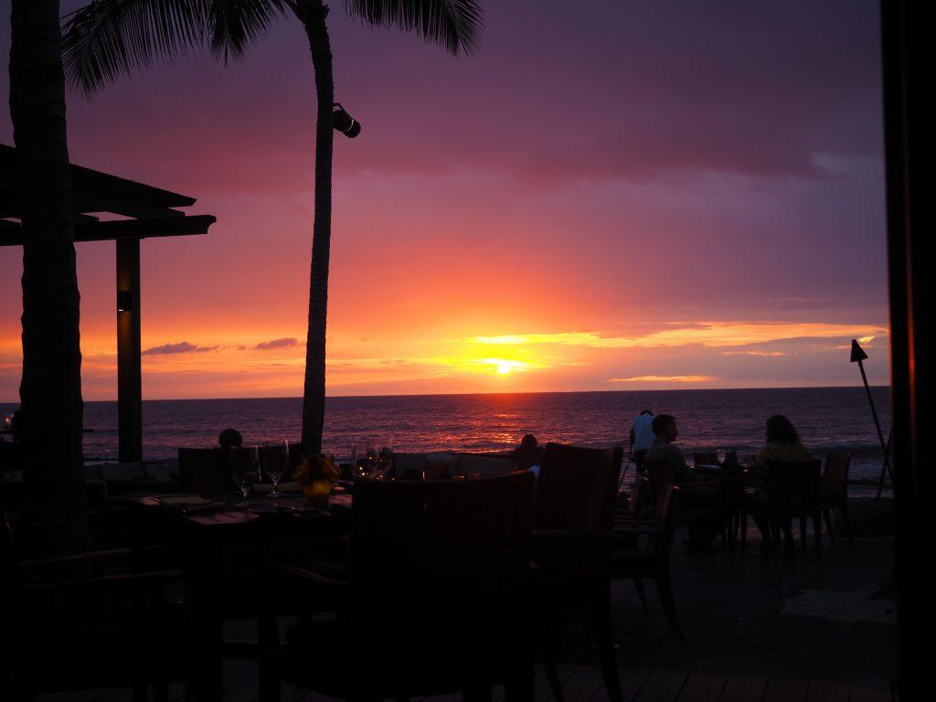 ハワイ島 フォーシーズンズホテル サンセット