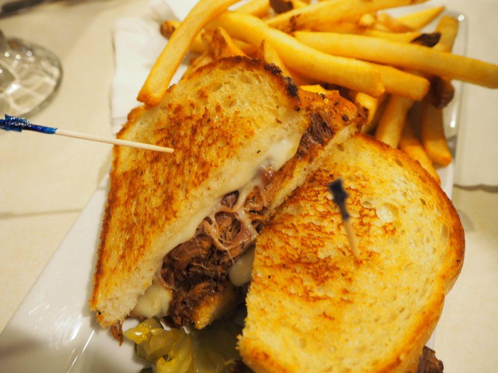 サンフランシスコ アメリカンダイナー チーズサンド