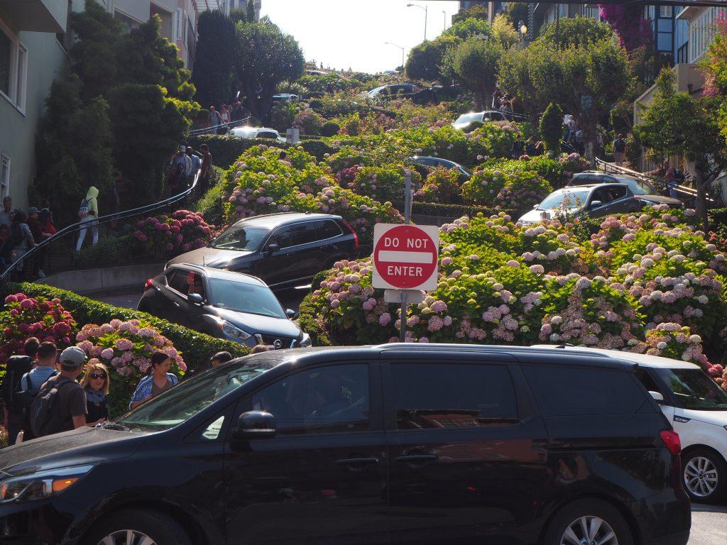 サンフランシスコ ロンバードストリート 可愛い