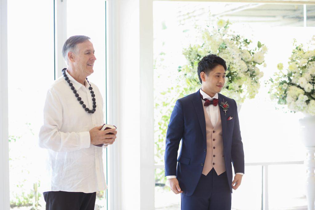 新郎 牧師 結婚式
