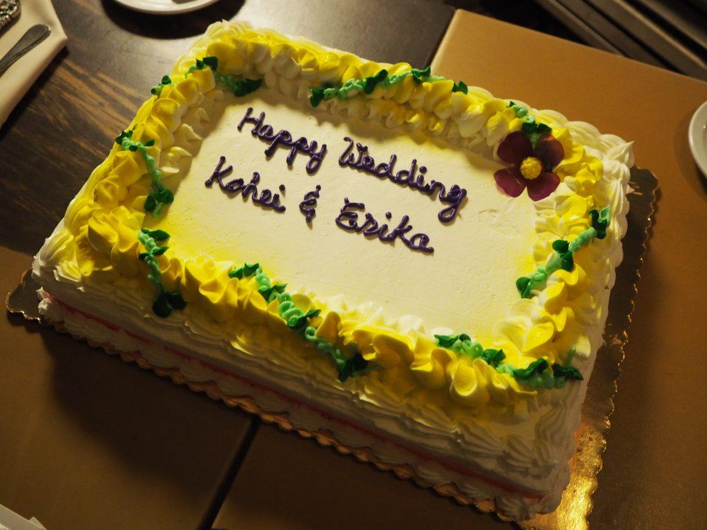 ハワイウェディング 大人数 ケーキ