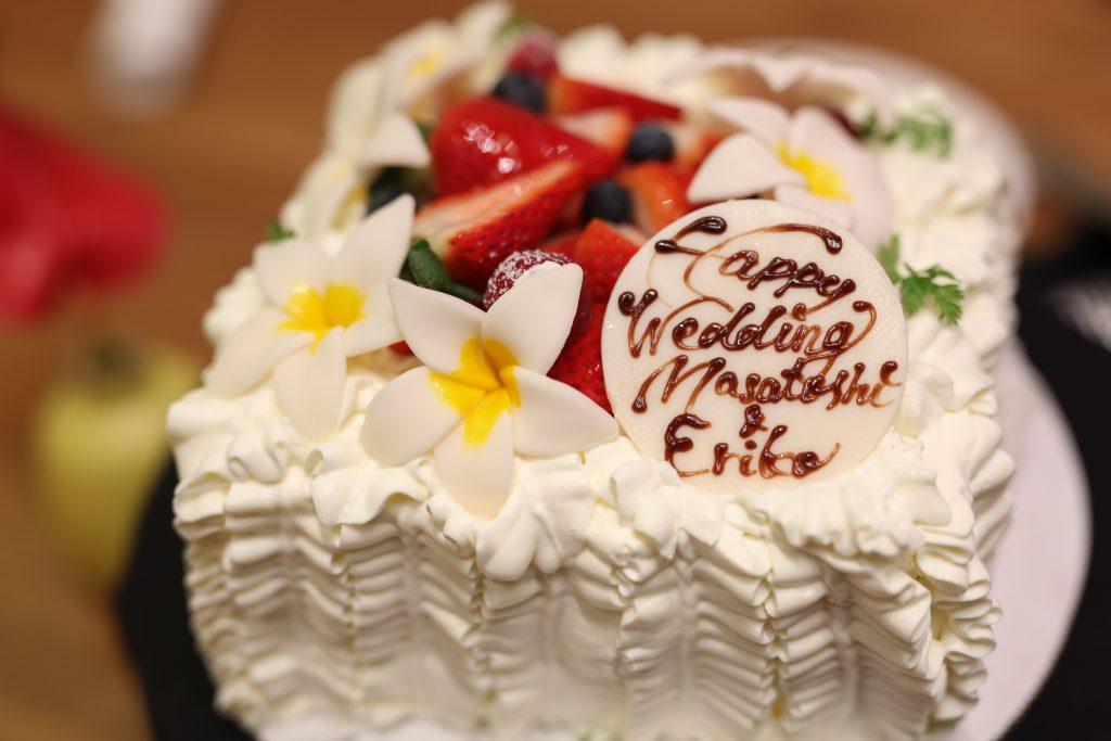 ハワイ ウェディングケーキ オーダー