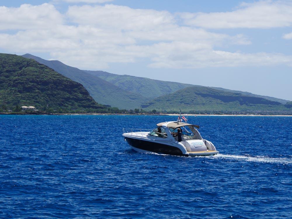 ハワイ プライベート クルーズ