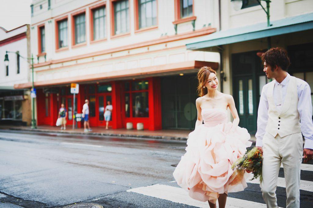 ハワイ ダウンタウン撮影 カラードレス
