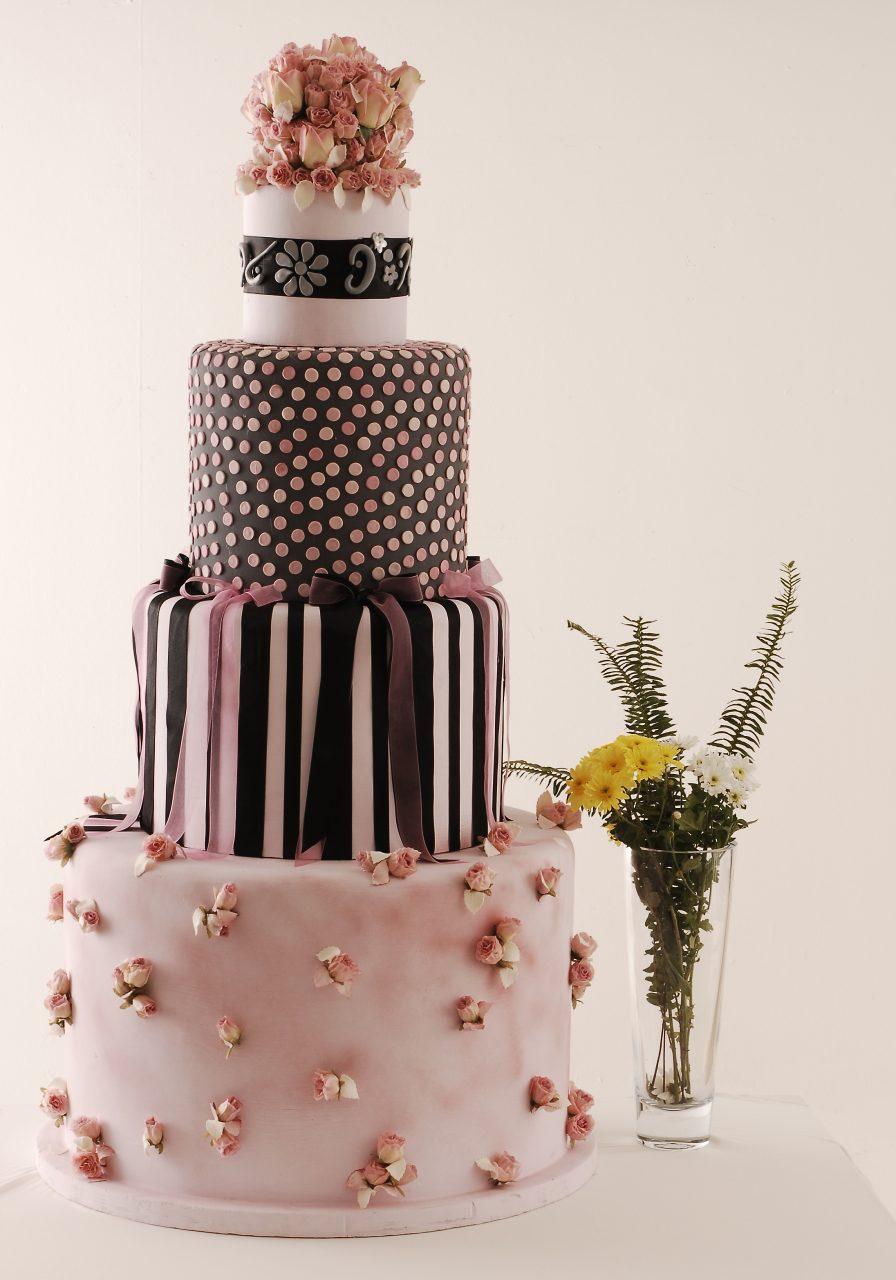 ハワイウェディングケーキ お洒落デザイン系