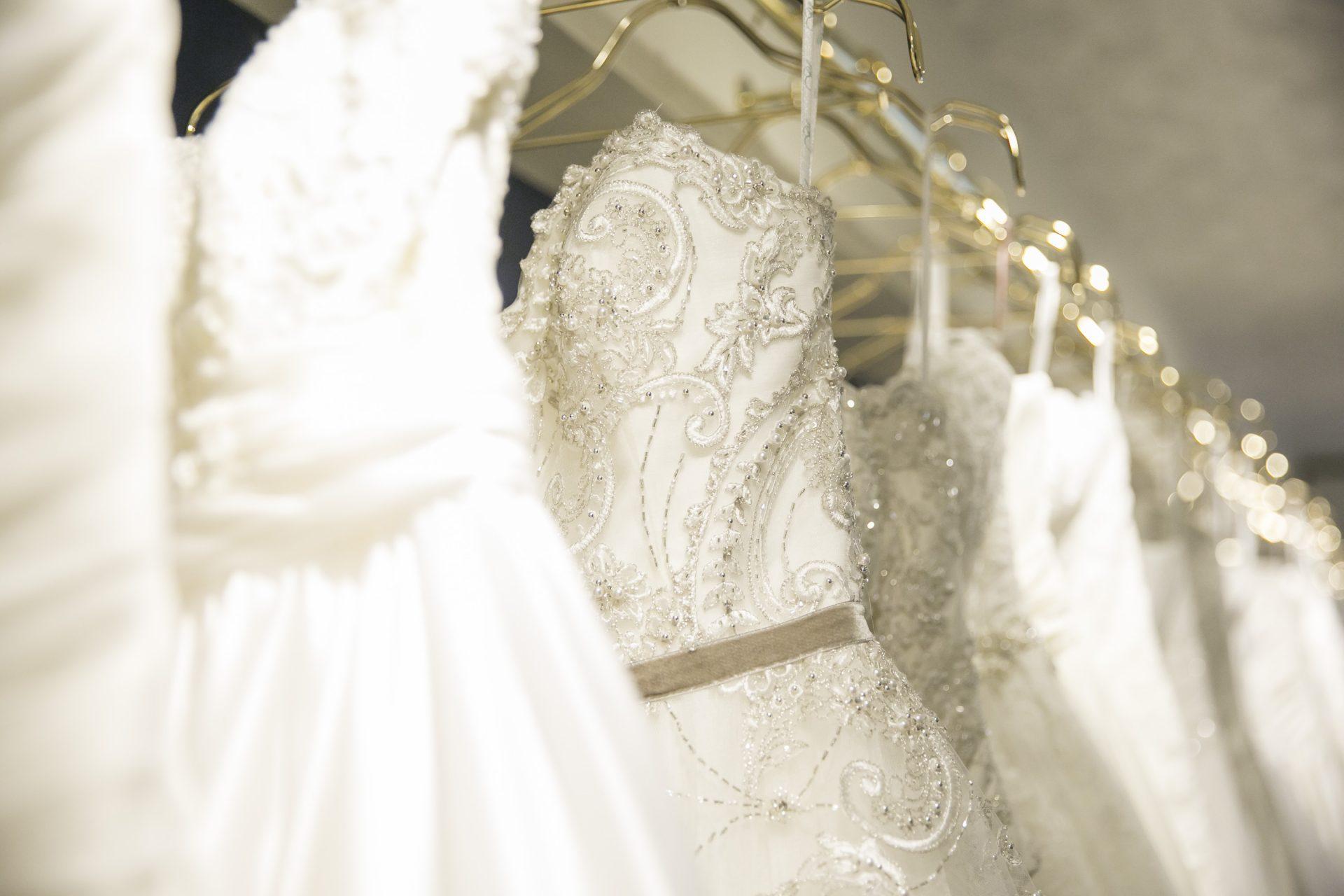 Afloat hawaii tokyo afloat hawaii wedding for Wedding dress rental hawaii